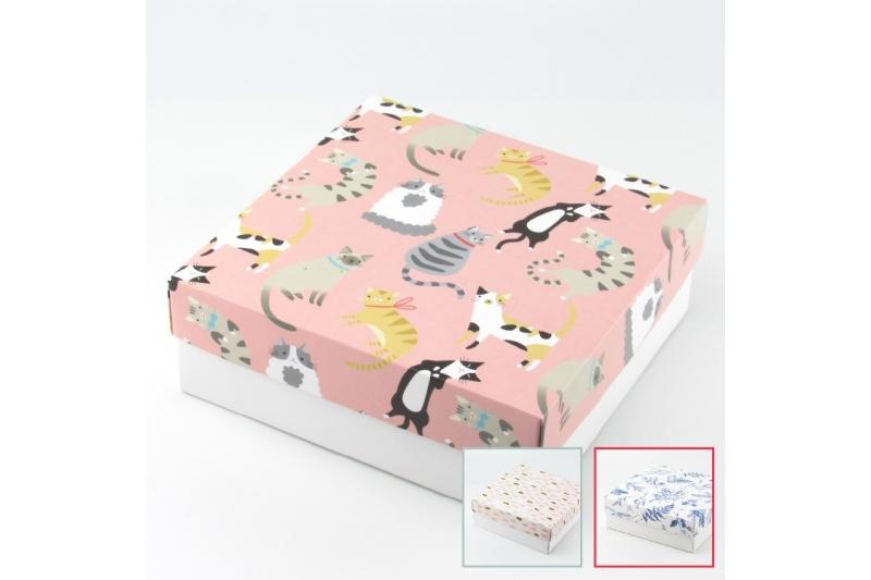 Коробка для подарка 20*20*7 без окна
