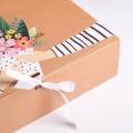 Коробка складная подарочная «Любимой маме», 31 × 24,5 × 9 см