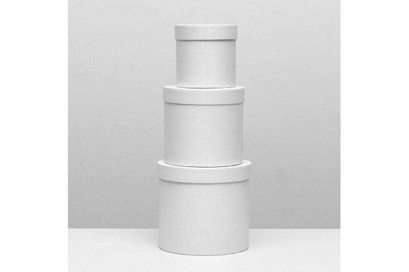 Коробка-цилиндр средняя белая