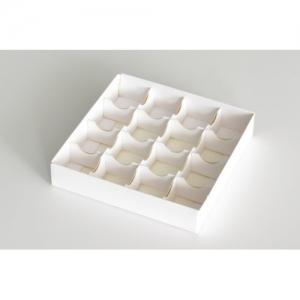 Разделитель для конфет на 16 ячеек
